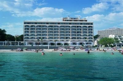 Почивка в HOTEL COMODORO 4*