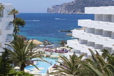 Почивка в HOTEL FERGUS STYLE CALA BLANCA SUITES 4*