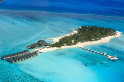 Почивка в Summer Island Maldives Resort 4*